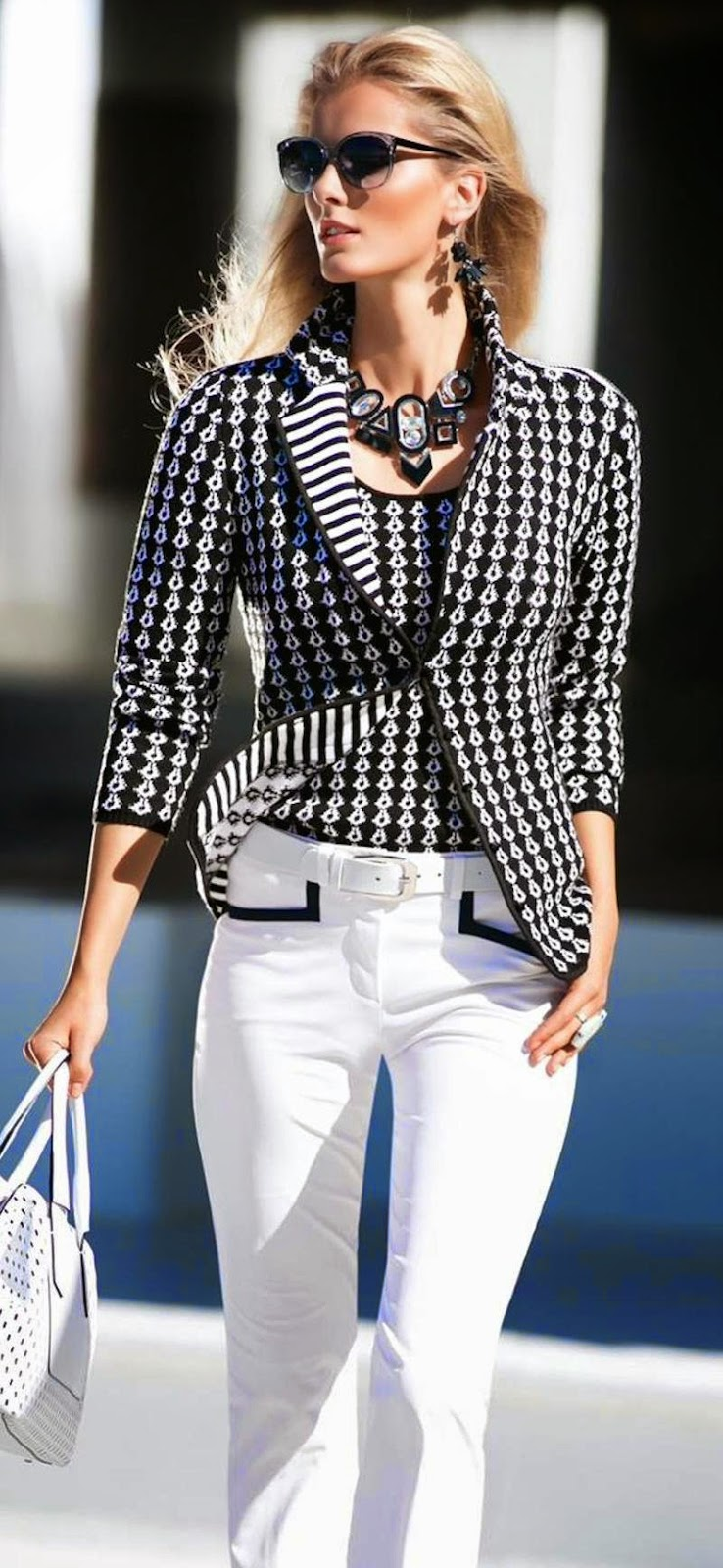 MADELEINE KNIT BLAZER in Black and White