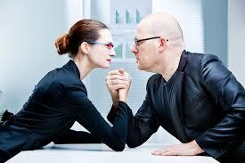 9 وظائف لم تتمكن المرأة من القيام بها أفضل من الرجال