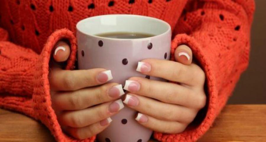 8 مشروبات تنزل الدورة الشهرية بسرعة وبدون ألم