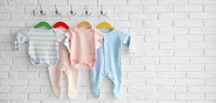 عدد قطع الملابس للمولود الجديد بالشتاء