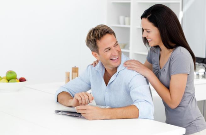 تعالي أعلمك كيف تطلبين النقود من زوجك بدون ما يتعصب ؟؟