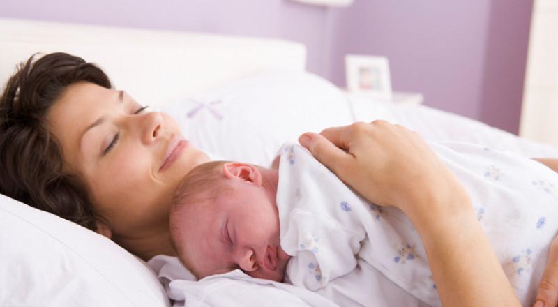 فن الإتيكيت مع المرأة حديثة الولادة