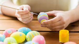 طرق تلوين وتزيين بيض شم النسيم بطرق طبيعية في منزلك