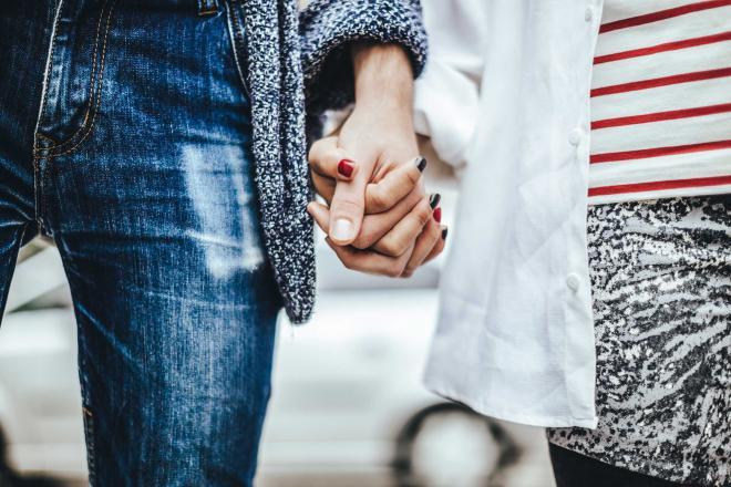 علامات تؤكد أن شريك حياتك لن يختفي وقت الأزمات