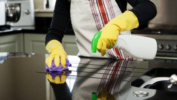 اصنعى بنفسك سائل تنظيف الدهون المتراكمة فى مطبخك
