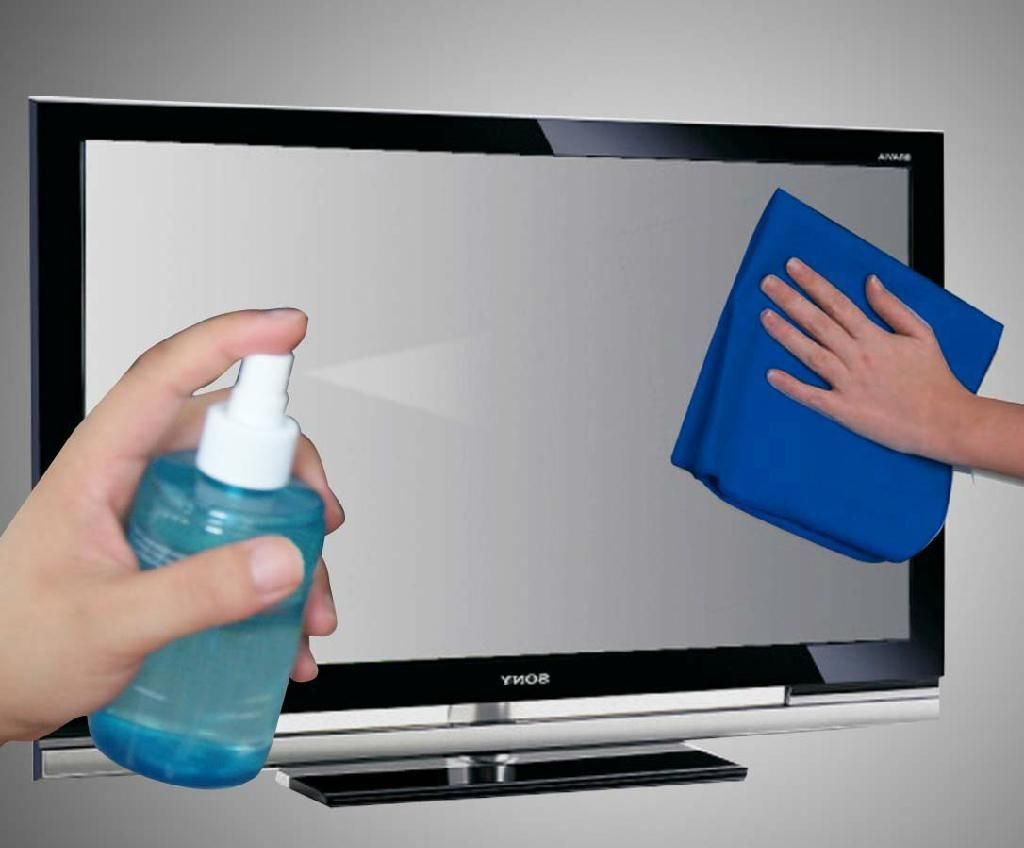 خلطة لتنظيف شاشة التلفزيون وتلميعها ومن دون منظفات!
