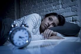 قلة النوم تضعف عظام النساء