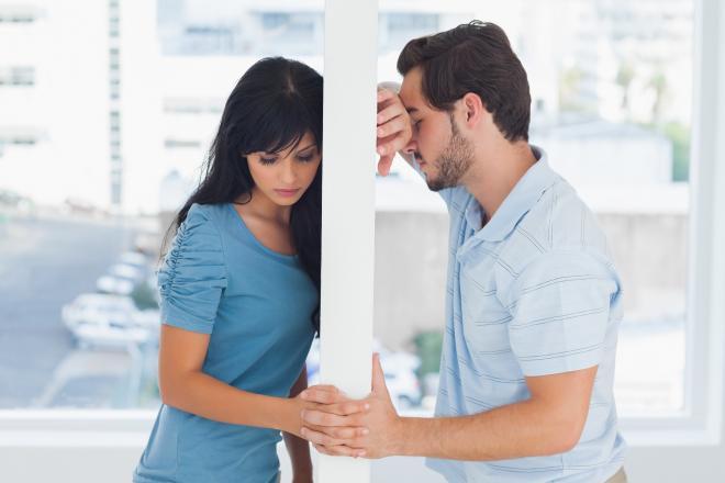 8 مواقف تكشف تغير مشاعر المرأة تجاه حبيبها