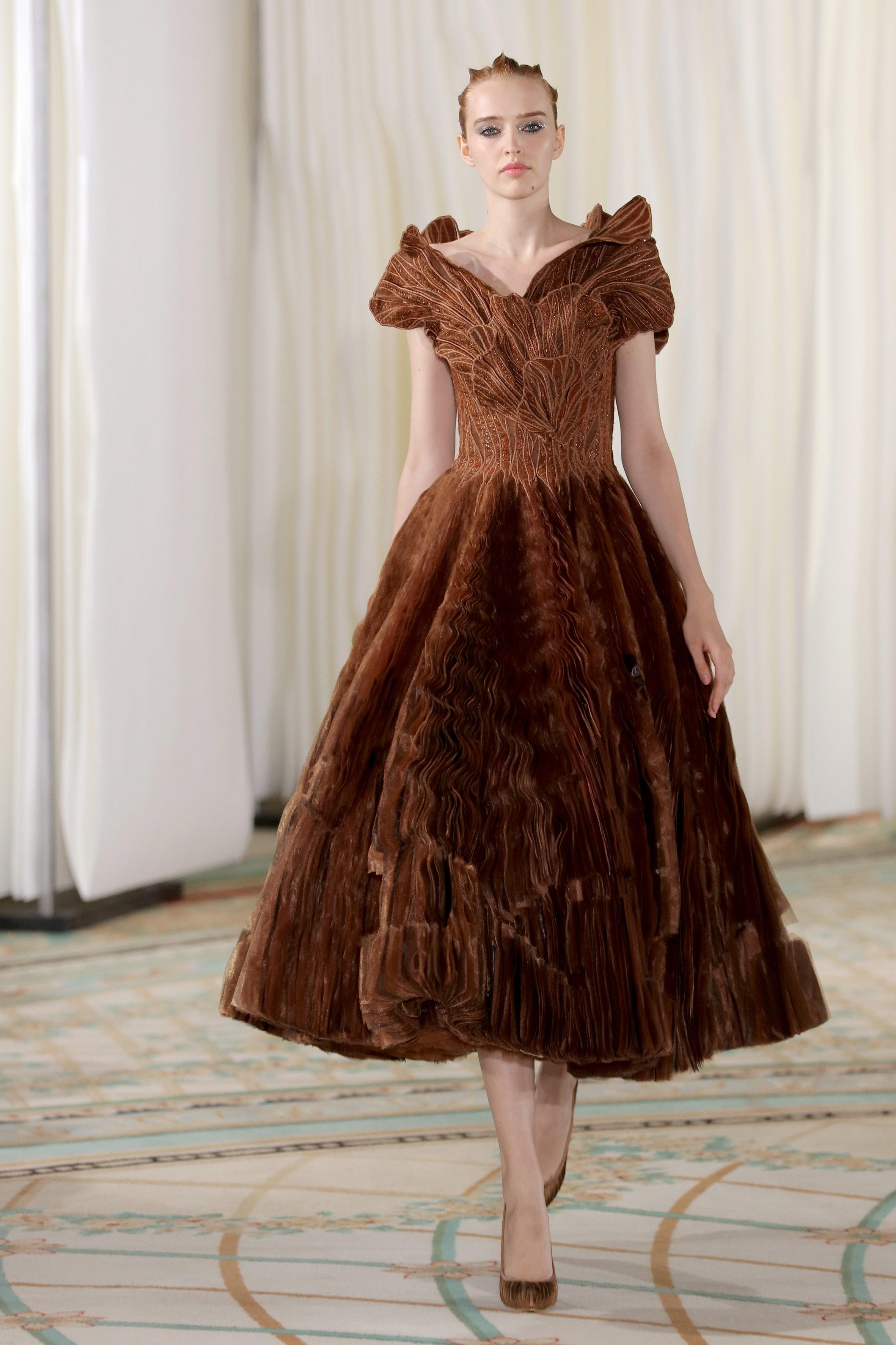 أزياء راقية طوني ورد (TONY WARD) خريف-شتاء 2019-2020